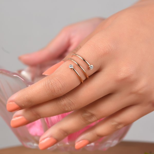 Rose Gold Spiral Diamond Ring